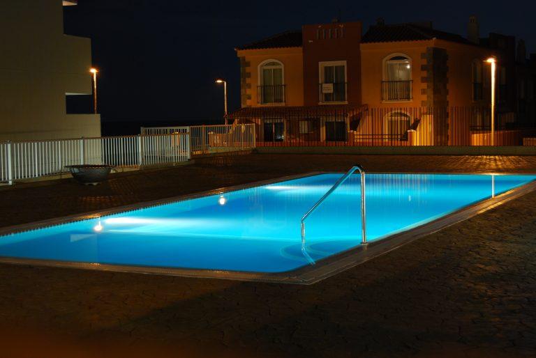 Quel hivernage pour sa piscine : passif ou actif ?