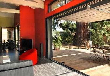 Quels sont les apports de l'aluminium pour votre baie vitrée ?