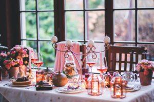 Trois soirées à thème : nos inspirations décoration tendance