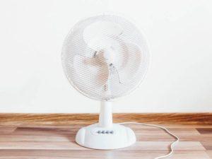 Faire le choix d'un ventilateur pour rester au frais