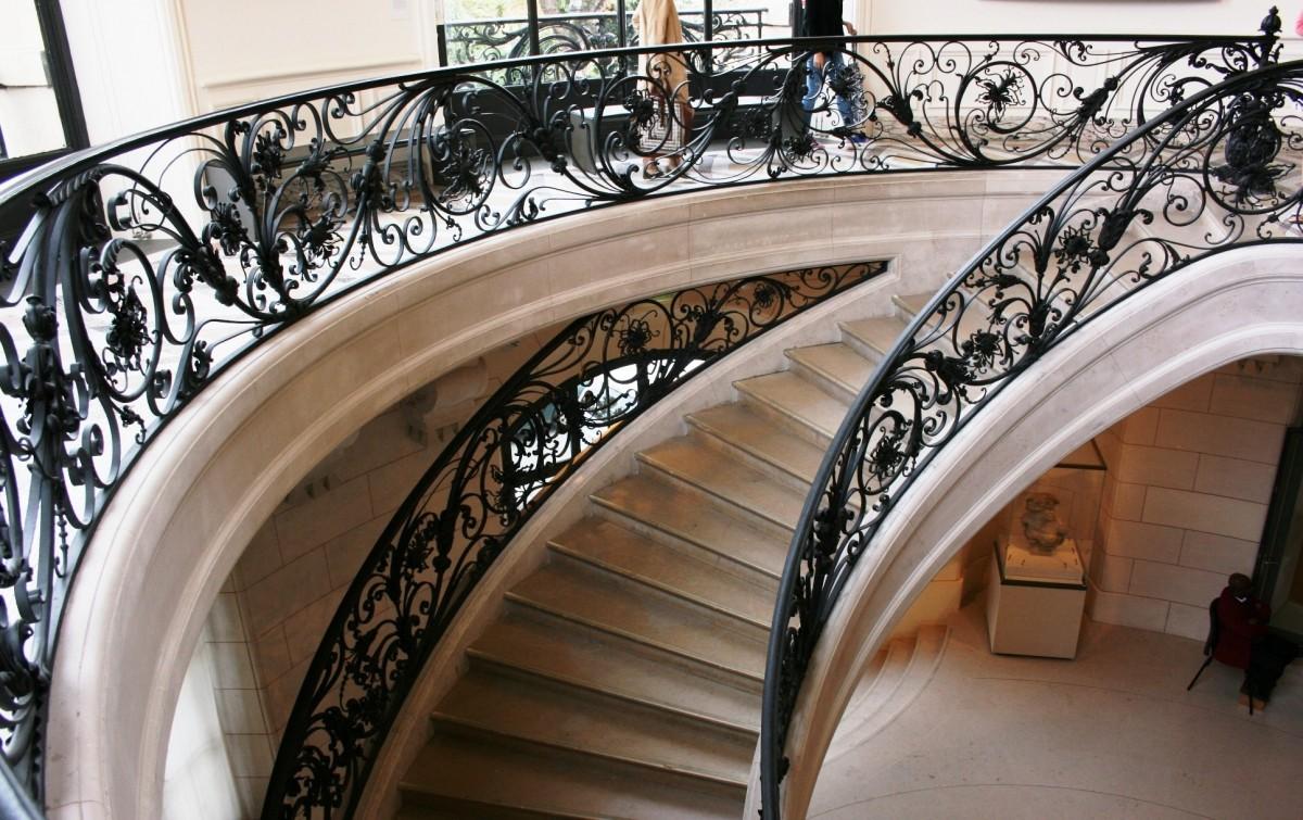 Comment bien choisir sa rampe d'escalier?