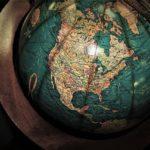 Comment bien choisir un globe terrestre pour sa décoration intérieure ?